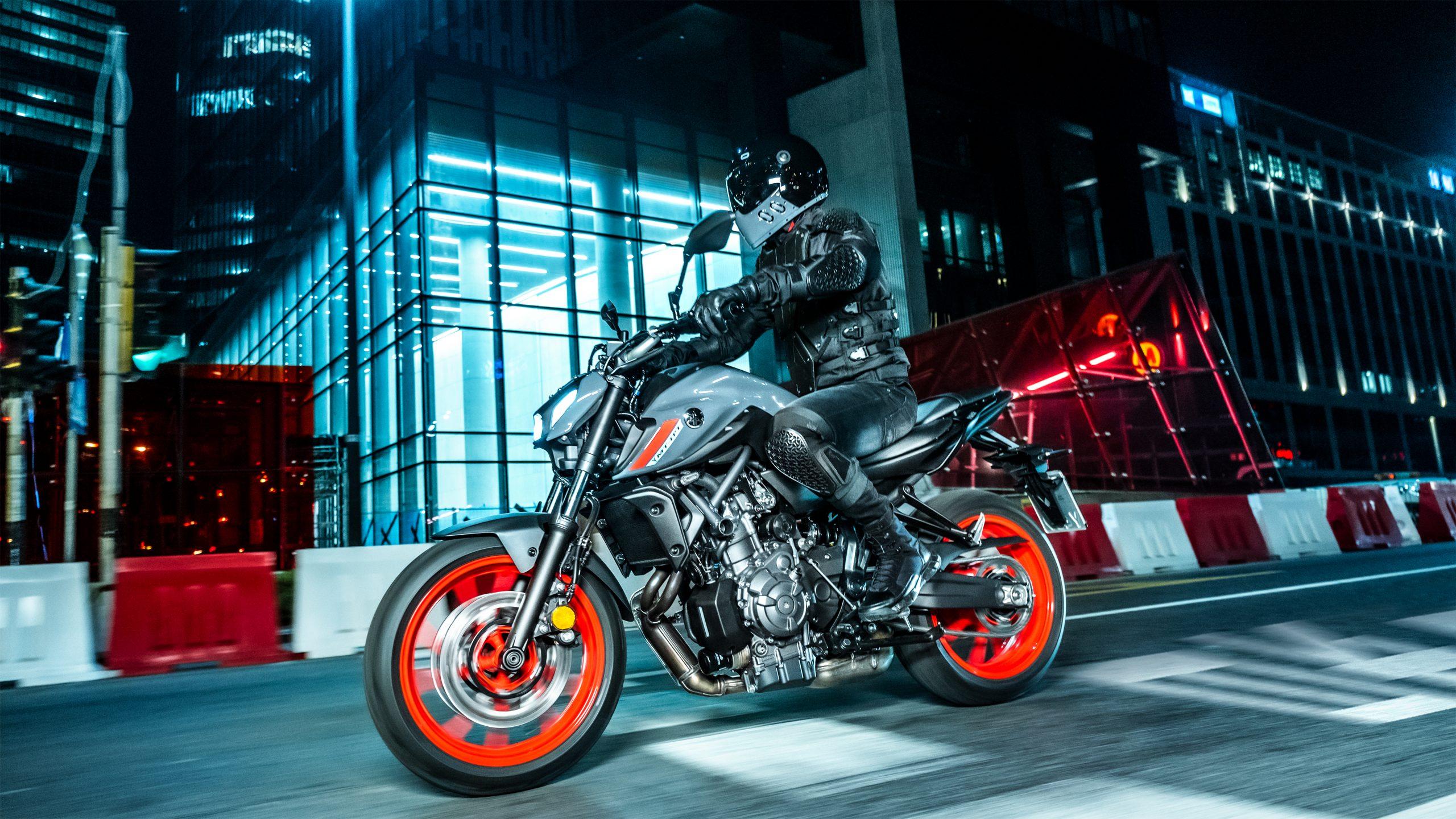 Yamaha Hyper Naked